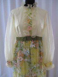 Late 1960's Lemon and daisy print chiffon vintage gown.